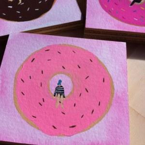pink-donut-blue-hair